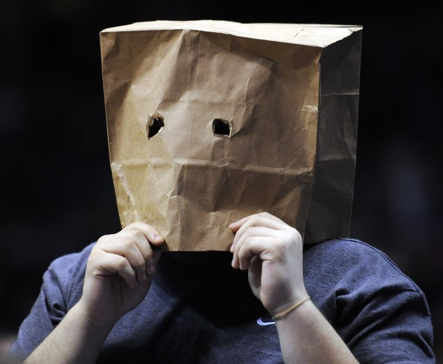 bag-on-head_featured