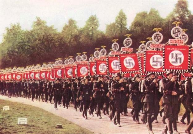nazis2bon2bparade
