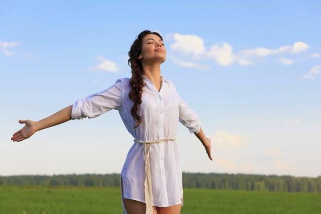 Oxygen-breathing-fresh-air